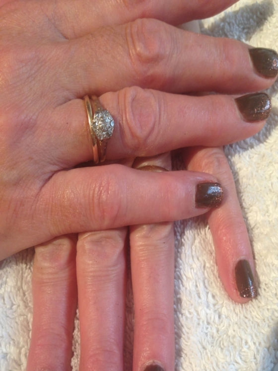 Pinkies Mobile Nails Solihull: Shellac Fake Faux With Glitter Tips