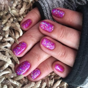 cnd shellac hot pot pink glitter nails